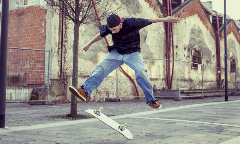 acee45d8773 Adidas Originals Men s Seeley Skate Shoe Review