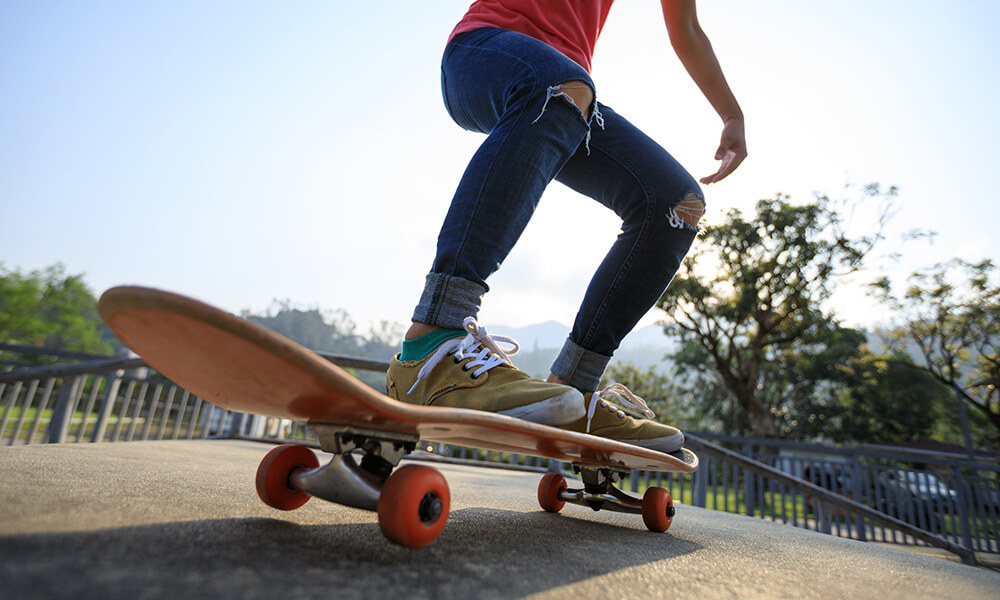 Basic Skateboard Tricks Featured